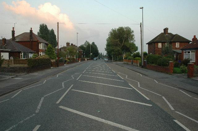 Liverpool Road through Widnes