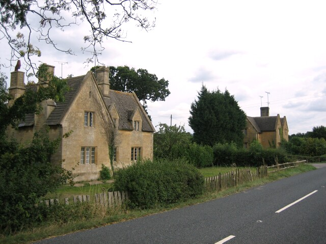 Raymeadow Cottages