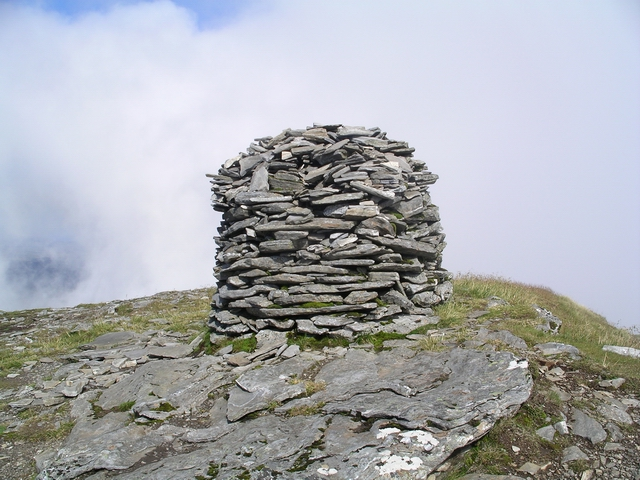 Summit cairn, Sgurr Mor