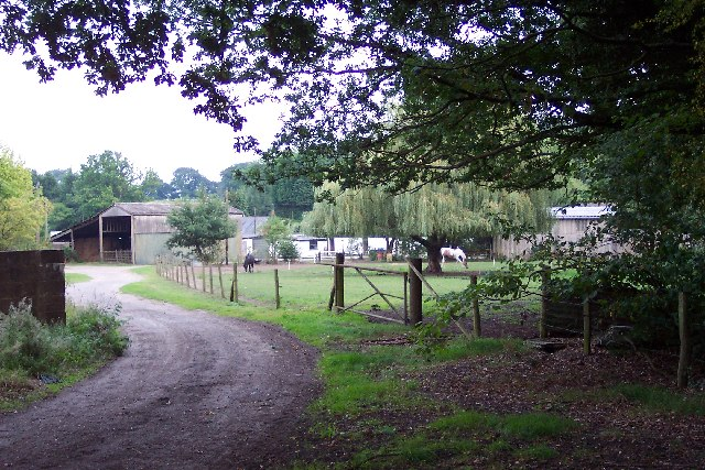 Vines Farm, Pirbright