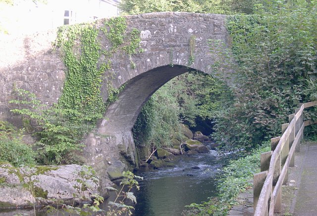 The old bridge over the River Erme at Ivybridge.
