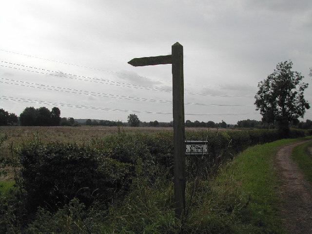 Fingerpost to Morton