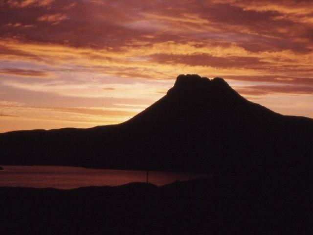 Stac Polaidh at Sunset