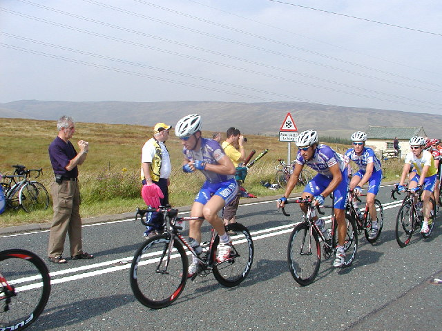 The peloton at Shap