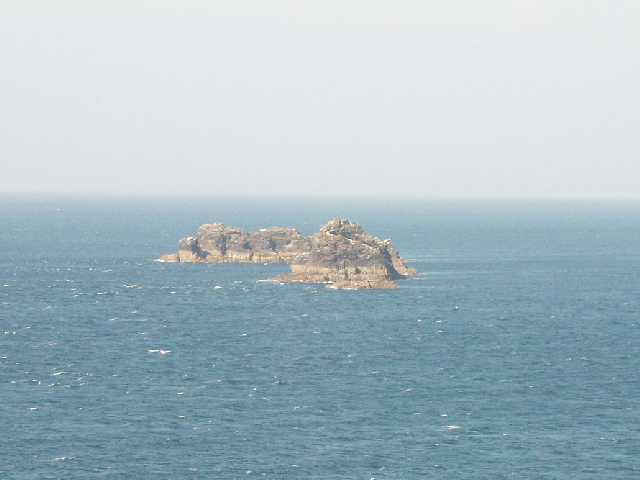 Quies rocks from Dinas Head