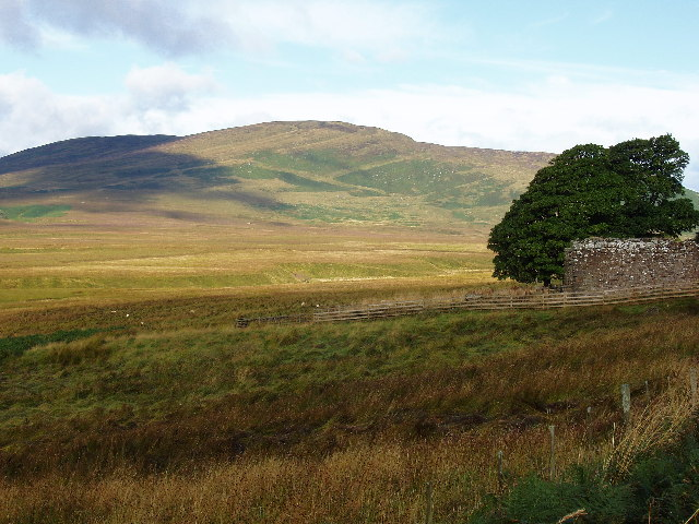 Ben Clach and ruined farm building
