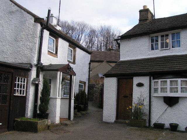 Cottages near Lydgate Graves, Eyam