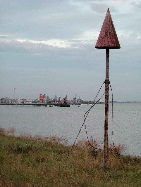 Thames &  Navigation Marker