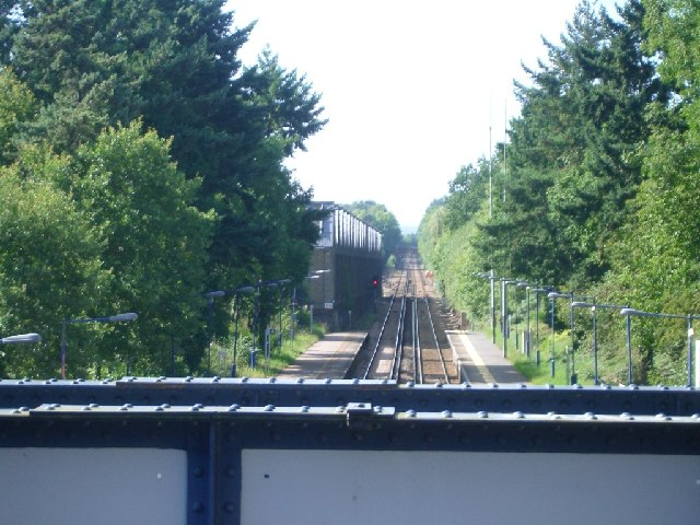 Effingham Junction station