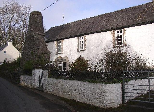 Cottage with 'Flemish' chimney, St Florence