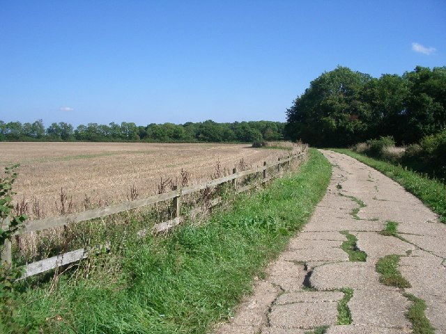 Bridleway between Holride Farm and Jury Farm