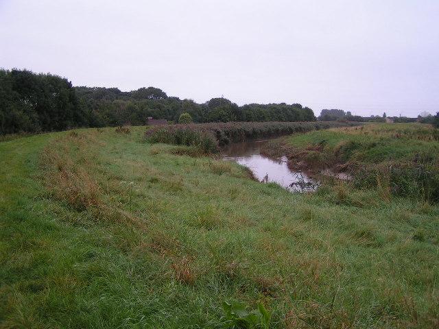 River Hull above Sutton Road Bridge