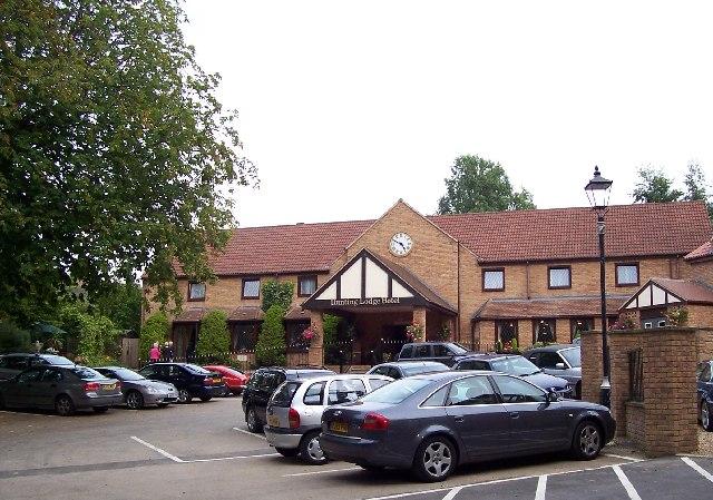 Hunting Lodge Hotel