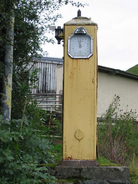 Disused petrol pump, Portinnisherrich, Argyll