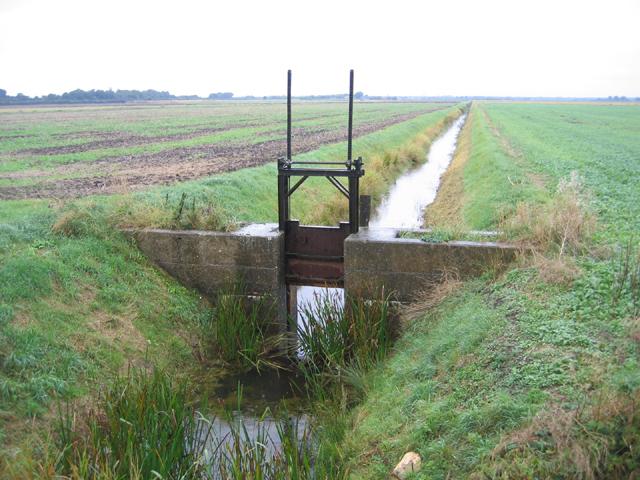 Drainage sluice, Newborough Fen, Peterborough