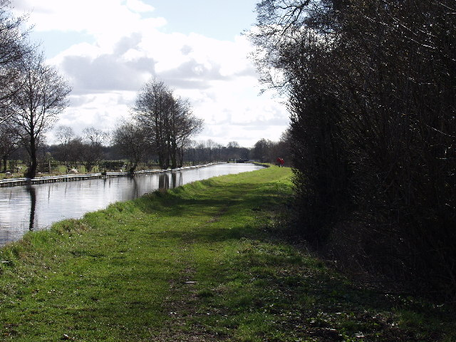 Llangollen Canal at New Marton Bank
