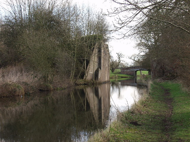 Abandoned railway crosses the Llangollen Canal