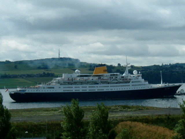 Saga Rose Arrival Dundee Harbour