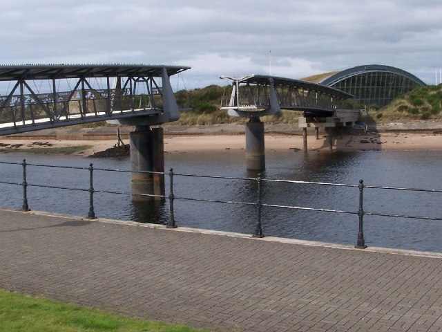 Irvine, Bridge of Scottish Invention