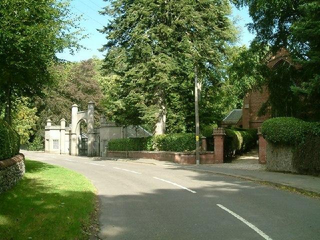 Cortachy Church and Castle Gate