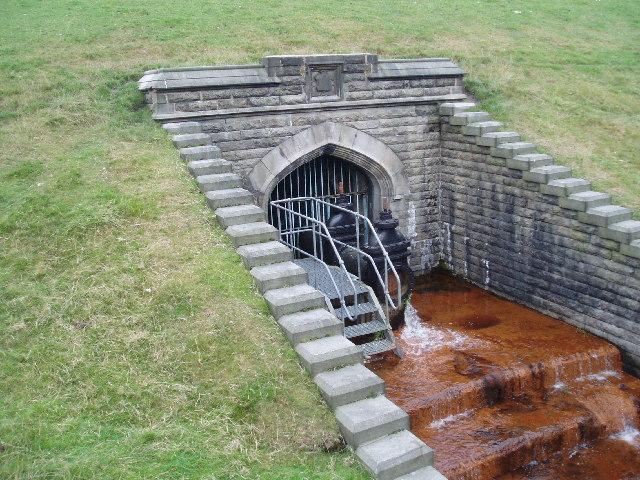 Overflow sluice valve, Cowm Reservoir, Whitworth, Lancashire