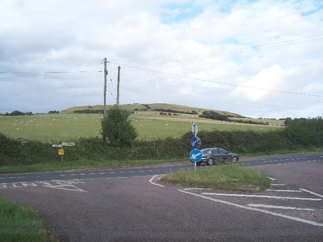 Road Junction on B3157 at Marsh Barn Farm