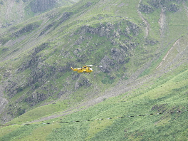 The ASR helicopter goes down the Nant Ffrancon