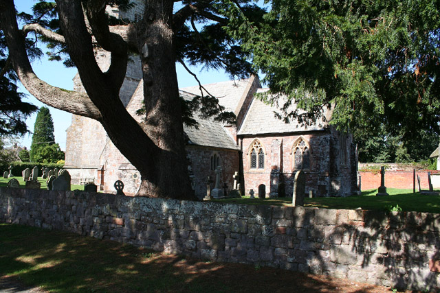 Brampford Speke: churchyard