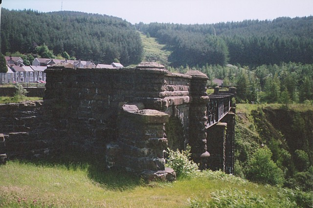 Remains of railway viaduct, Cymer