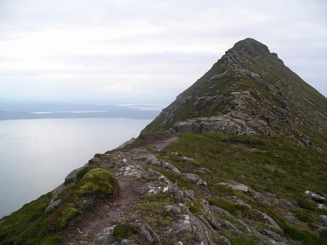 Summit, Garbh Choireachan