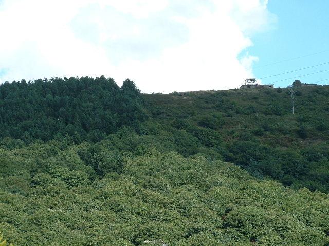 Hilltop nr Brombill