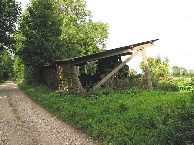Dilapidated barn on Love Lane