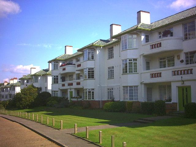 The Chilterns, Brighton Road, Belmont