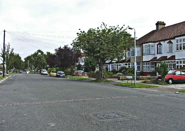 Ash Grove, Palmers Green, N13