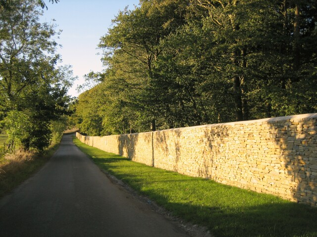 Dry Stone Wall at Salperton