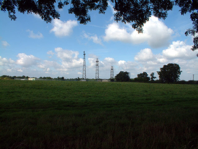 Radio station and masts by Beech Farm Road, CR6