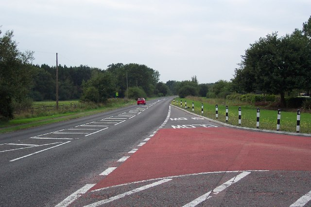 The A320 between Mayford and Jacobs Well