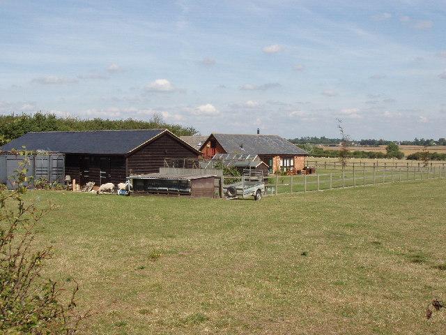 Farm buildings near Moreton Farm
