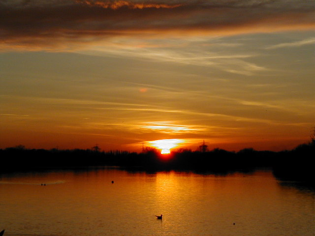 Sunset at Attenborough nature reserve