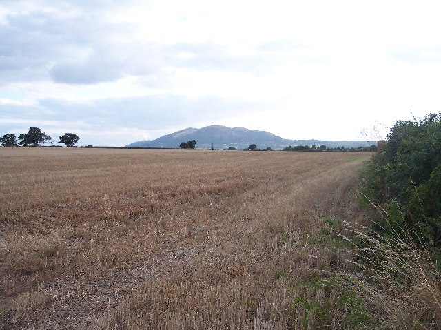 Stubble Field between Bransford and Leigh Sinton