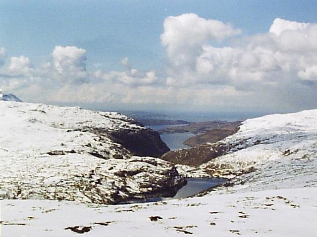 Loch Srath nan Aisinnin