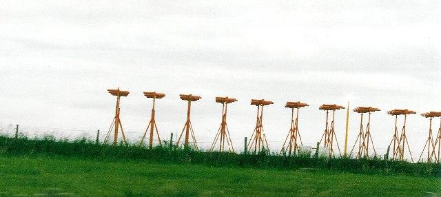 ILS localiser antennae, Kirkwall Airport