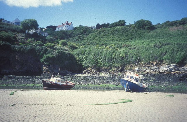 Low tide at Solva