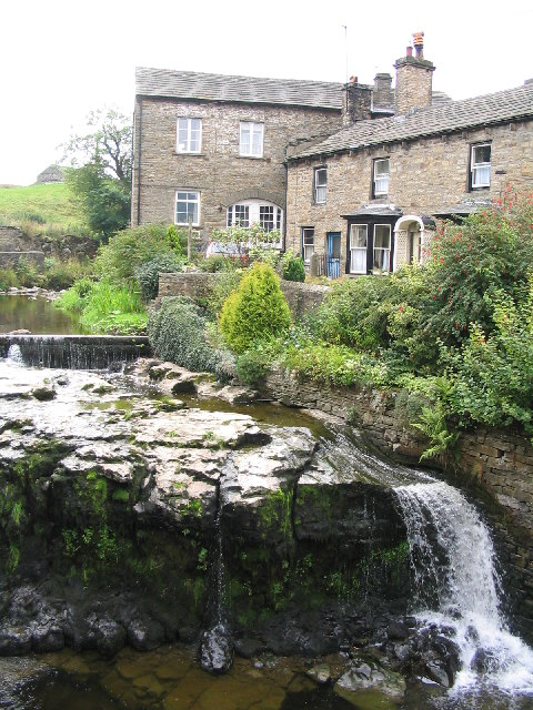 Cottages by the River, Hawes