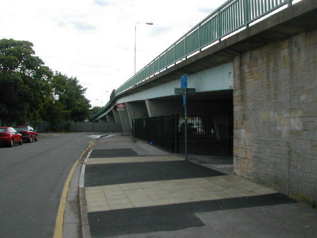 Meadow Road bridge and Beeston station