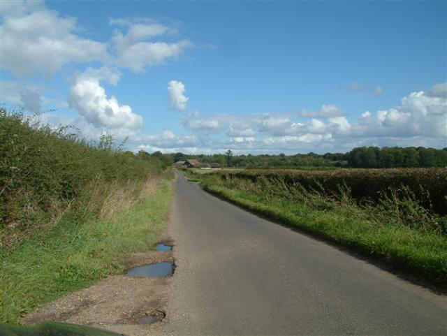 On the road to Huntercombe End