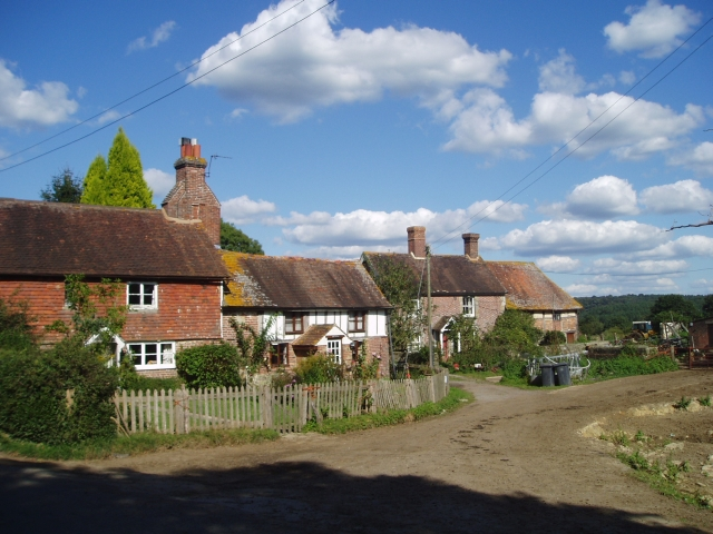 Farm cottages on Tanyard Lane
