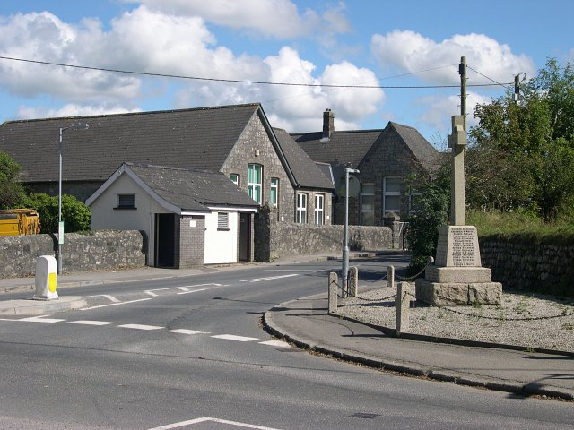 Roche School and war memorial