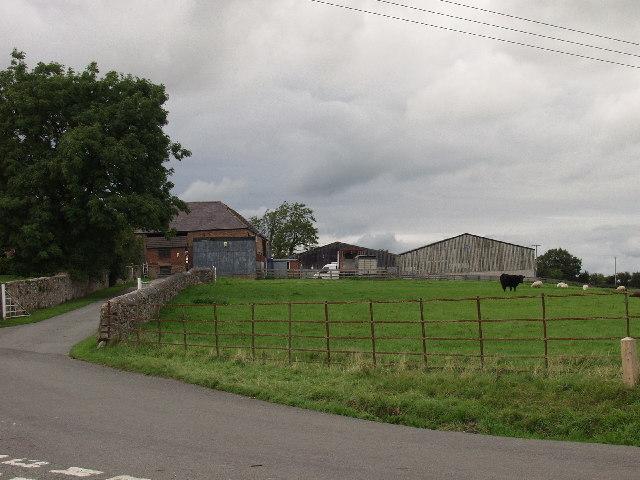 Onen Fawr Farm by Rhosllannerchrugog