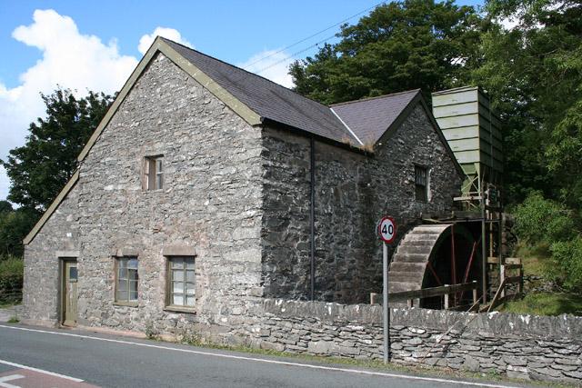 Pentrefoelas: watermill